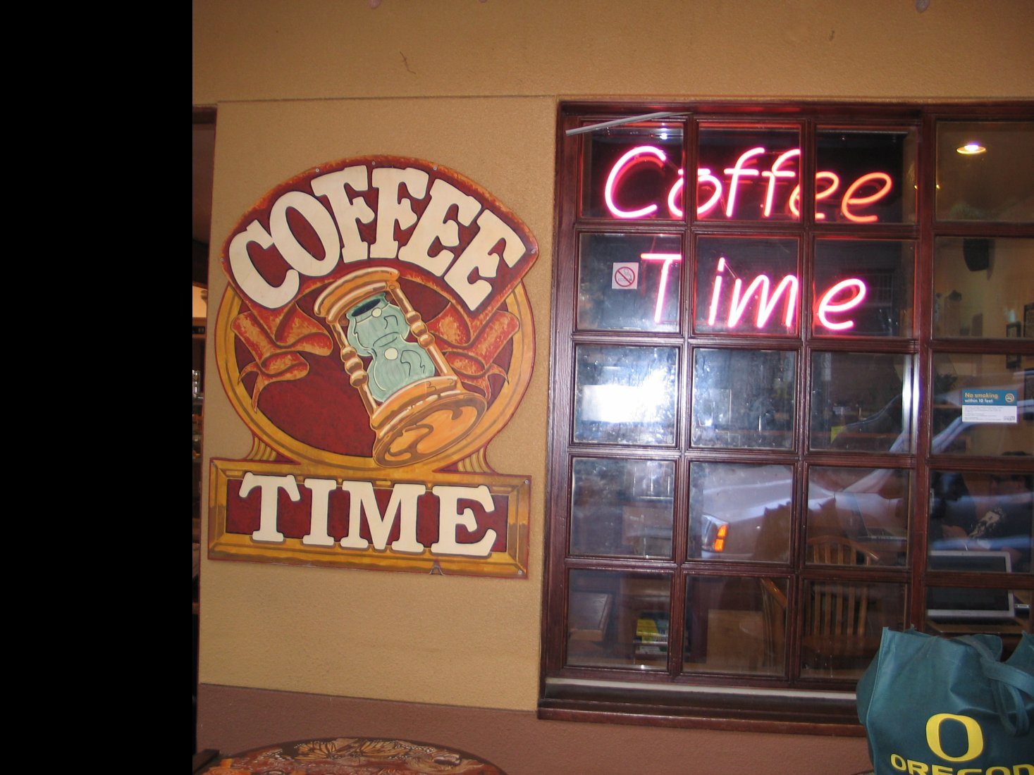 Coffee Time sign.